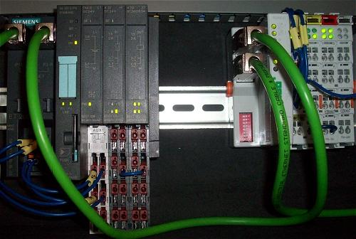 Entfernungsmesser Profinet S Profinet Io Professional: Připojení I/O Periferií Přes Profinet K Simatic S7